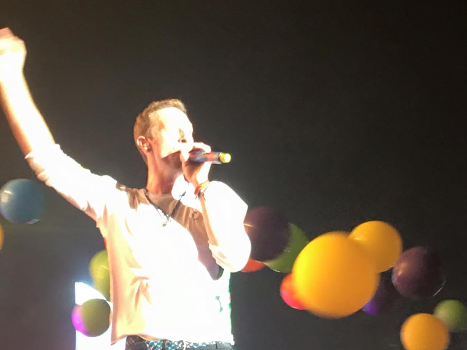 #ChrisMartin performing at the #GlobalCitizenIN event in Mumbai #Coldplay