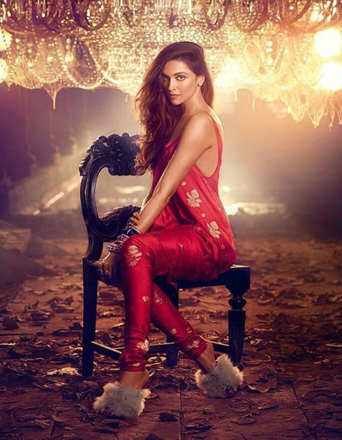 Fall In Love With Deepika Padukone Again, In Just Four Pics